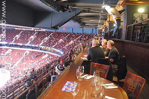 Rogers Arena 裏的美食版圖 thumbnail
