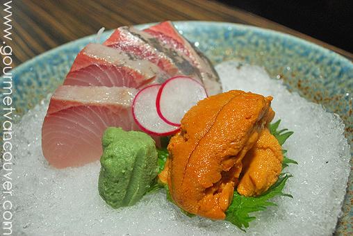 Kiriri Japanese Restaurant : 石燒家家酒 thumbnail