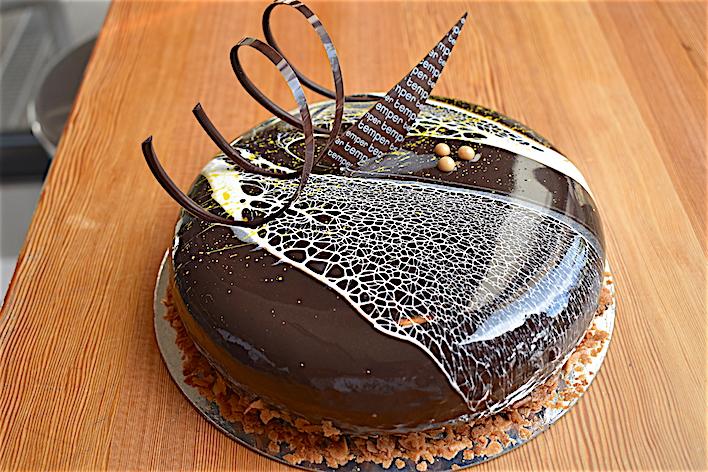 Temper糕點有如藝術品,誰會捨得吃得下肚? thumbnail