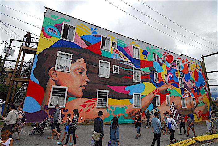 壁畫節再度回歸 規模更大 深入溫哥華九個社區 thumbnail